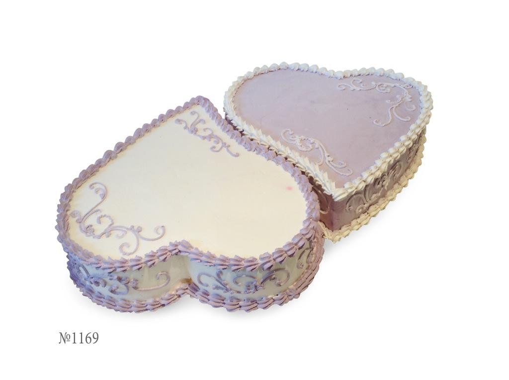 Торт на свадьбу с сиреневыми цветами